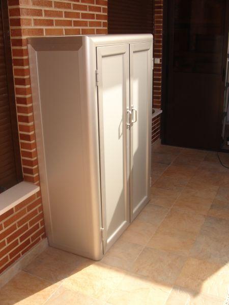 Armarios para terrazas y balcones excellent com anuncios for Donde venden puertas