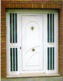 la primera impresin de una casa o edificio se crea al abrir la puerta la puerta principal de acceso o entrada ya sea a una vivienda comercio oficina
